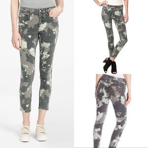 Calvin Klein Ankle Skinny Abstract Camo Print Jean